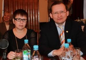 Делегаты из Китая М. Дроздов и Н. Старкова